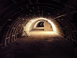 27_A_view_along_the_tunnel