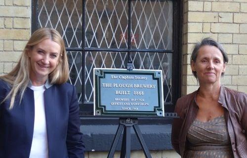 Anya Hindmarch (left) and Caroline Marston