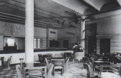 The café, 1938