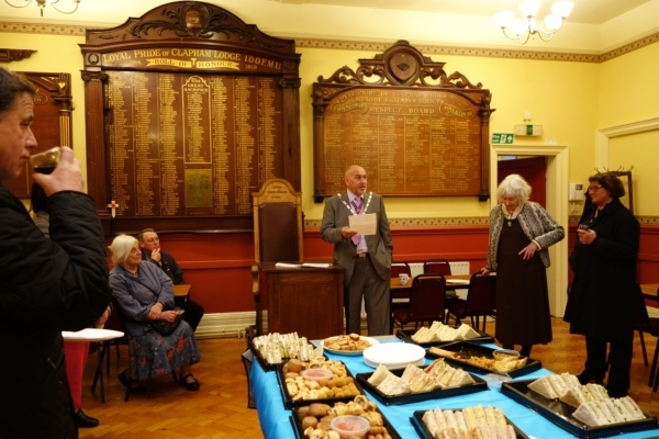The Provincial Grandmaster addresses the guests
