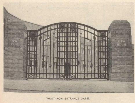 Gate to Crescent Lane,